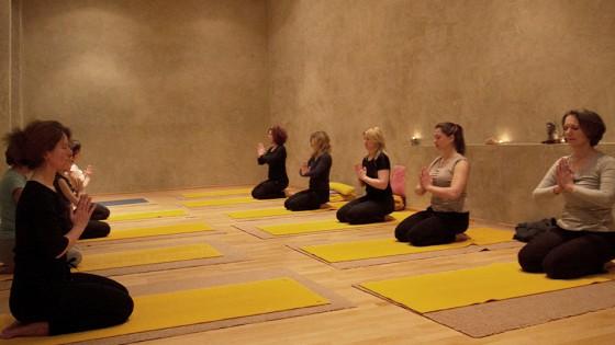 baum yoga zu zweit
